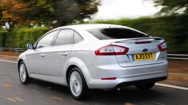 Ford Mondeo rear tracking