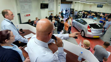How to buy a used police car - auction