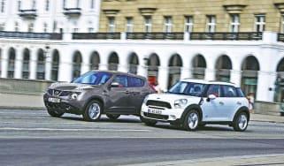 MINI Countryman vs Nissan Juke