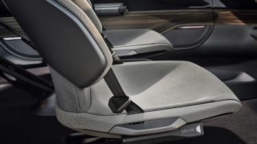 Audi AI:TRAIL concept - seats