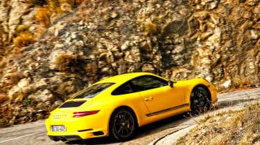 Porsche 911 Carrera T - rear cornering