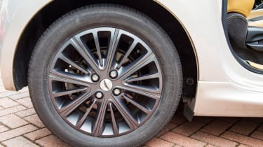 Searching for the Aston Martin Cygnet - wheel