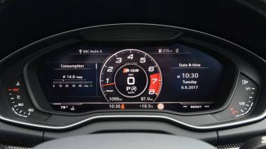 Audi SQ5 - dash