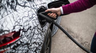 Mercedes EQ C - charging