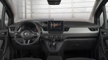 Nissan Townstar - interior