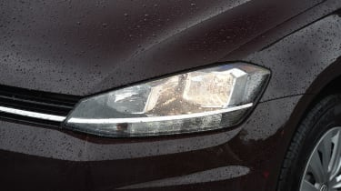 Volkswagen Golf 1.0 petrol - front light detail