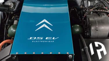 Electrogenic Citroen DS - engine
