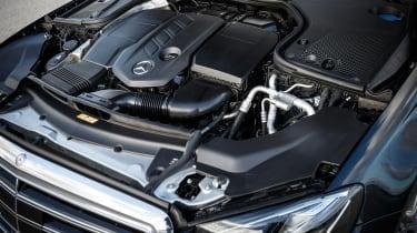 Mercedes E-Class - engine