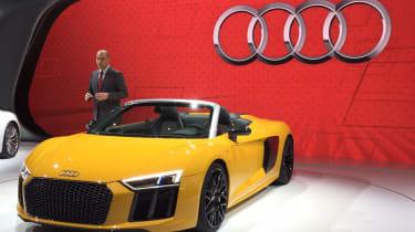 Audi R8 Spyder New York show 2016 front