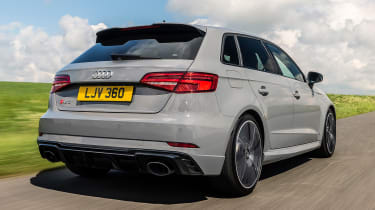 Audi RS3 - rear tracking