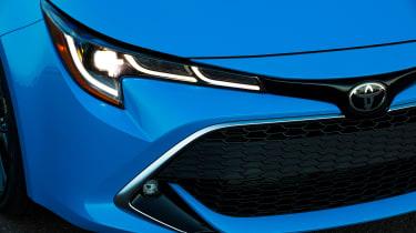 Toyota Corolla - headlight