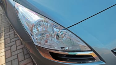 Used Peugeot 5008 - front light