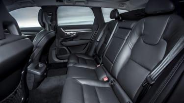 Volvo V90 Cross Country - rear seats