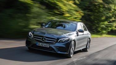 Mercedes E 300 e - front tracking