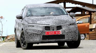 Renault Kadjar coupe-SUV - spyshot 9