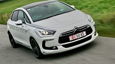 Citroen DS5 front tracking