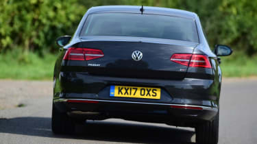 Used Volkswagen Passat - rear cornering