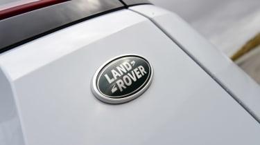 Range Rover Evoque - Land Rover badge