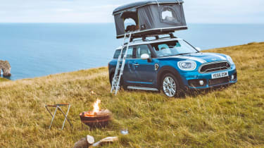 Dream Christmas gifts for petrolheads 2017 - Mini Countryman tent