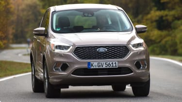 Ford Kuga Vignale 2016 - front cornering