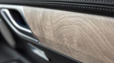 Genesis GV80 - wood