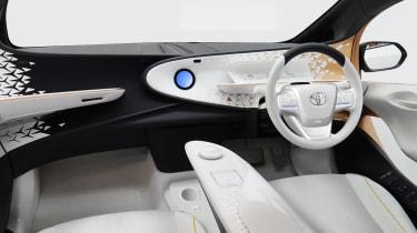 Toyota LQ concept - interior