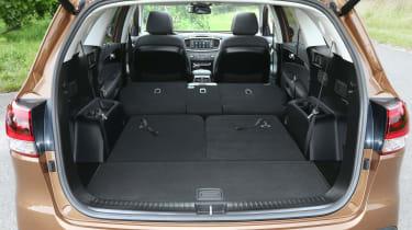 Kia Sorento 2.2 CRDi KX-4 auto - boot seats down