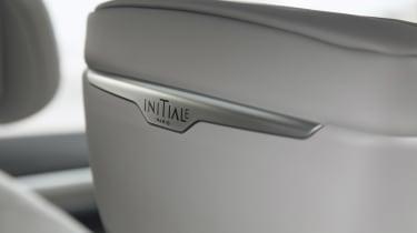 Renault Koleos Initiale Paris - trim badge