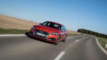 Audi S5 Sportback - front tracking