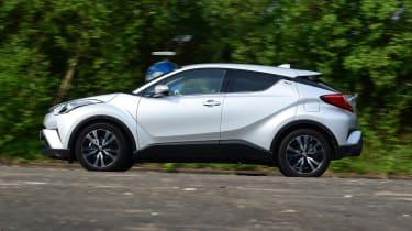Toyota C-HR - profile