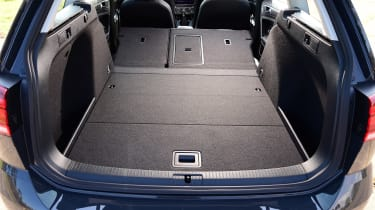 Volkswagen Golf Estate - boot seats down