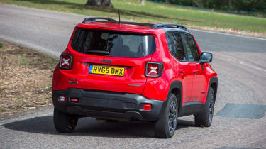 Jeep Renegade - rear cornering