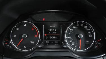 Audi Q5 dials