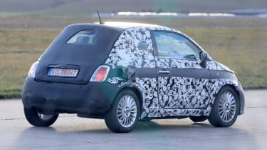 2020 Fiat 500 - spies - rear tracking