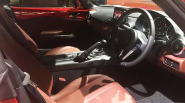 Mazda MX-5 RF - Tokyo update dash
