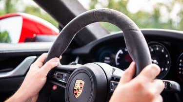 Porsche 911 Carrera - steering