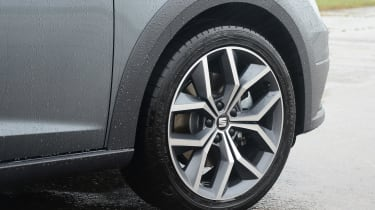 SEAT Leon X-Perience - wheel
