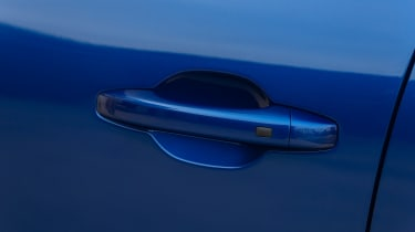 Dacia Sandero 2021 - door handle