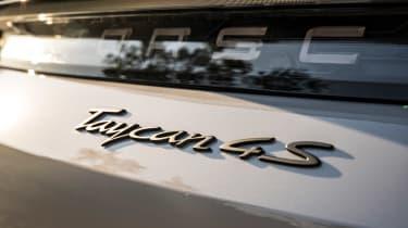 Porsche Taycan 4S Cross Turismo - rear badge