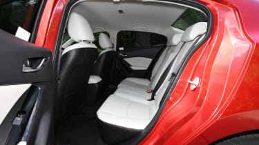 Mazda 3 Fastback - back seats