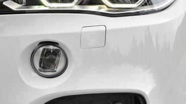 BMW X5 M50d  Front light