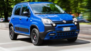 Fiat Panda Waze front quarter