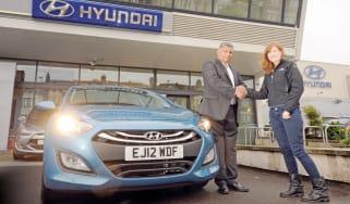 Hyundai i30 header