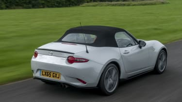 Mazda MX-5 Sport Recaro rear side