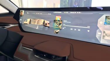 Byton Concept ride - massive dash
