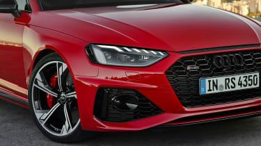 Audi RS 4 Avant - front light