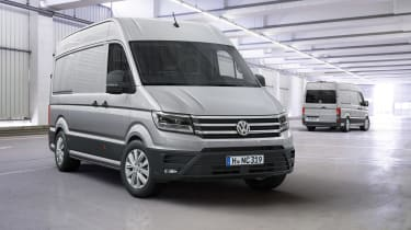 2017 Volkswagen Crafter - front and rear