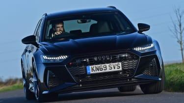 Audi RS 6 - front cornering