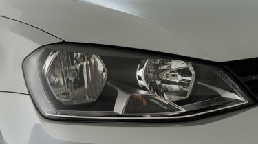 Volkswagen Golf Mk7 (used) - front light