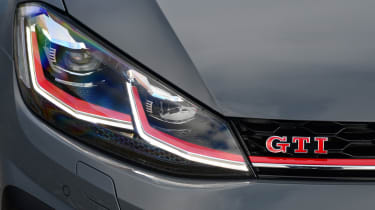 Volkswagen Golf GTI TCR - front light